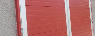 Nová vrata v hasičárně Divišov